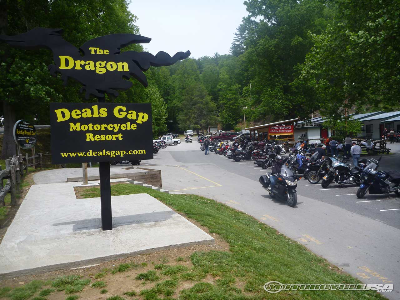 We rode the dragon rich s bucket list 39 39 and let for Deals gap cabin rentals