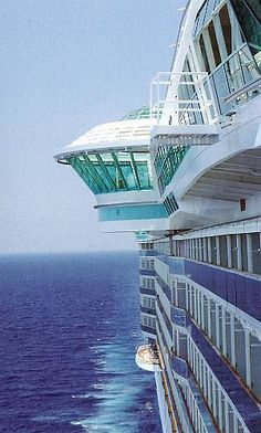 1d46326ca12af59e3a011354e359d4fc--royal-caribbean-cruise-royal-caribbean-ships.jpg